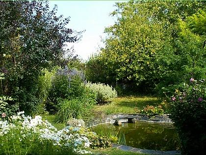 Jardins des g tes g tes jardin jardin de la source for Au jardin des deux ponts